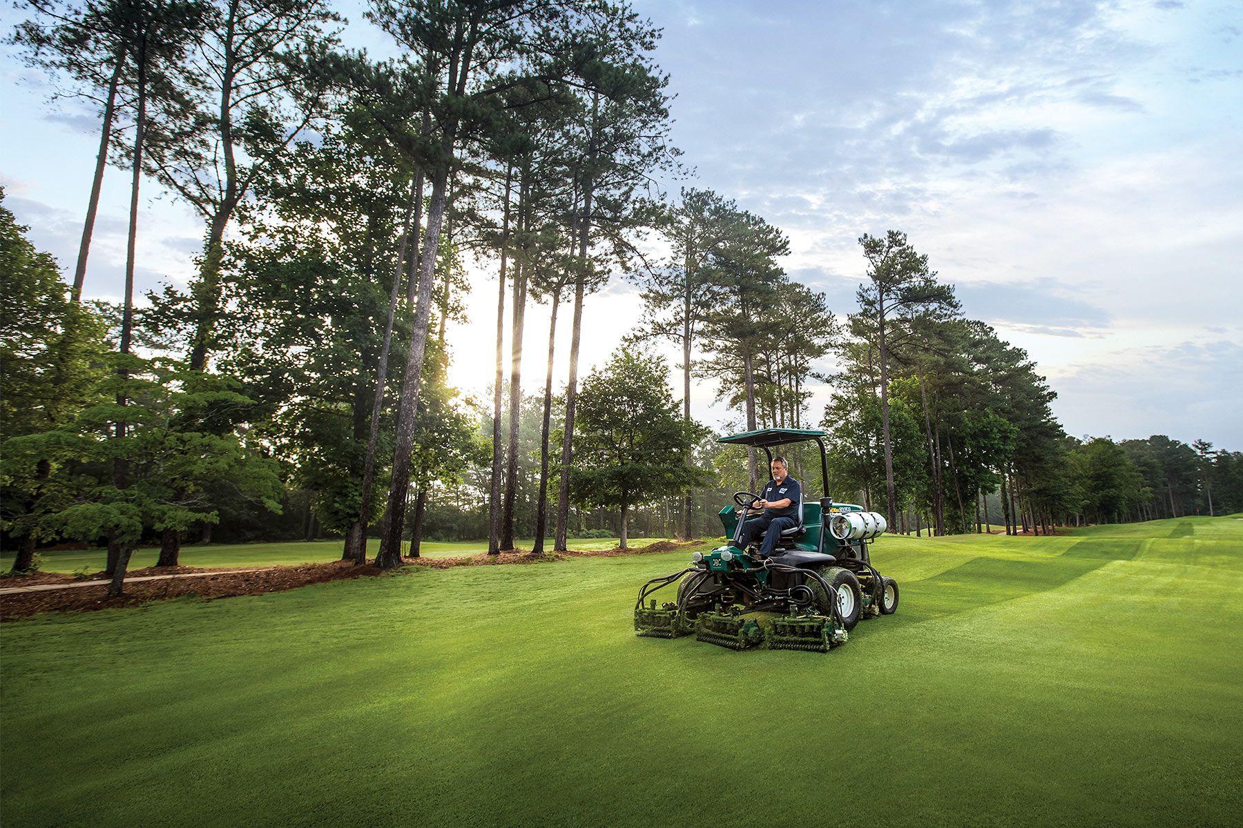 Propane-EG-Golf-Courses-Stone-Mountain-Case-Study-1800x1200-Mower-Fairway